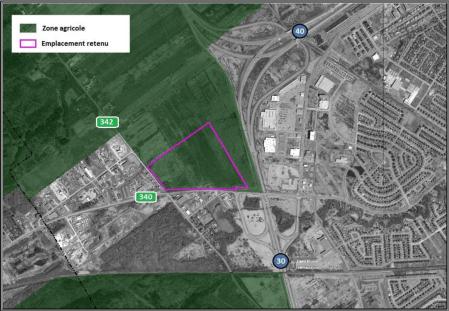 Site visé pour la construction du Centre hospitalier de Vaudreuil-Soulanges Source : CPTAQ (orthophotos2014)